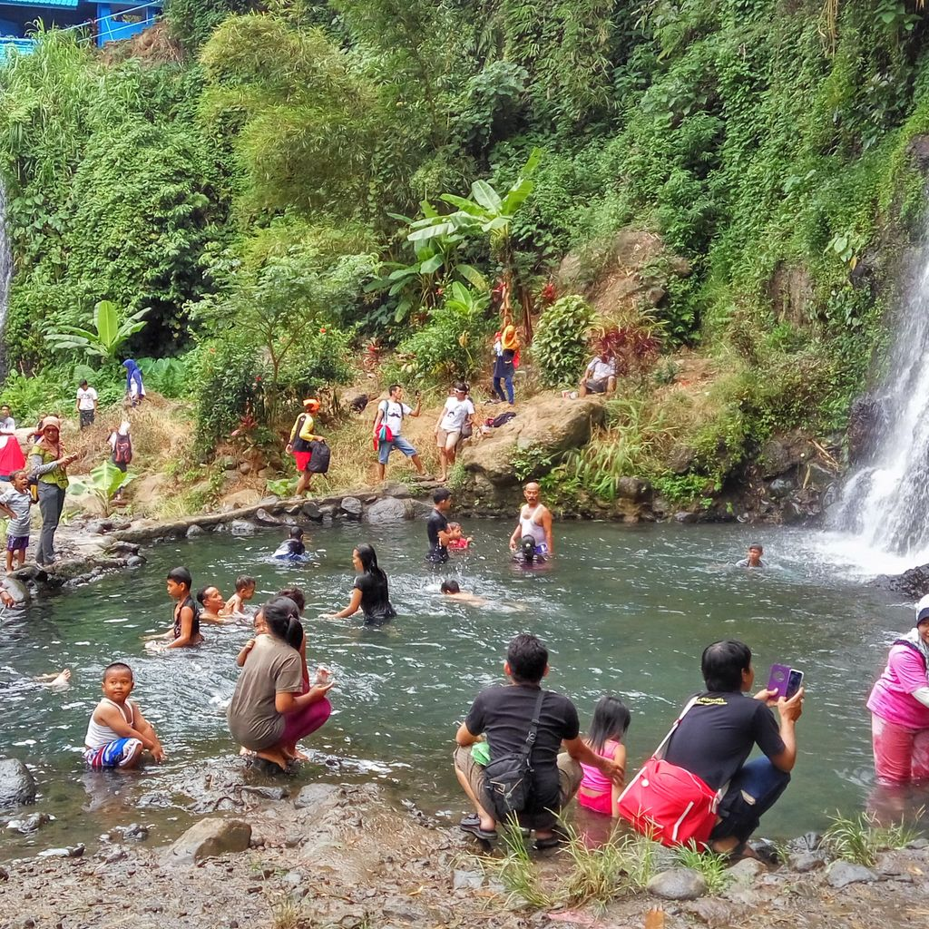 Long Weekend di Banyuwangi, Nikmati Segarnya Air Terjun Kembar Jagir