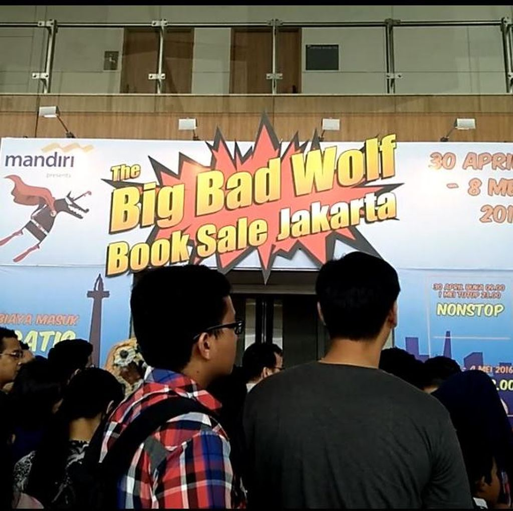 Hebohnya Pameran Buku Big Bad Wolf di BSD Tangerang