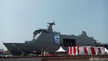 JK Lepas Ekspor Perdana Kapal Perang SSV ke Filipina