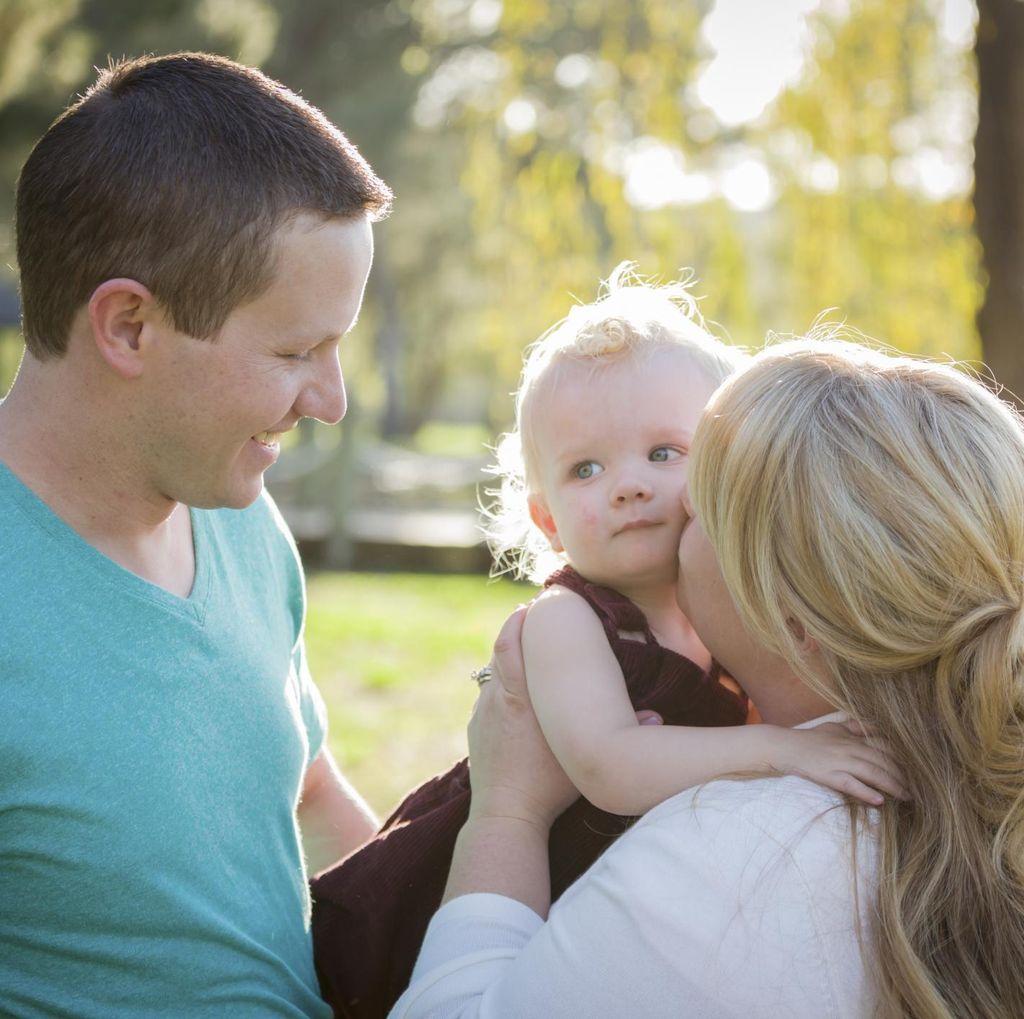 Peneliti: Mengurus Anak Mendorong Manusia Jadi Makin Pintar
