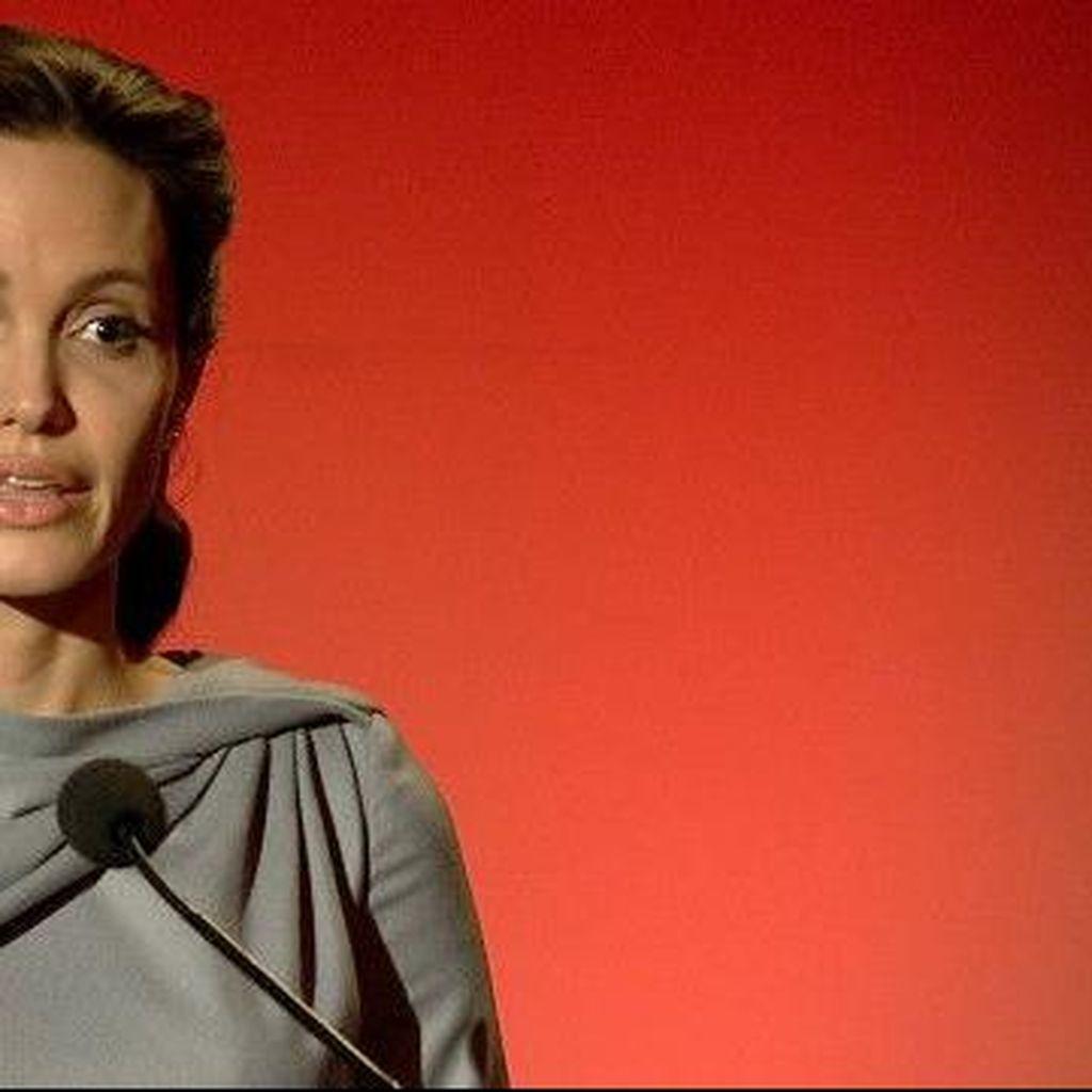 Angelina Jolie-Pitt Keluarkan Peringatan terkait Pengungsi Dunia