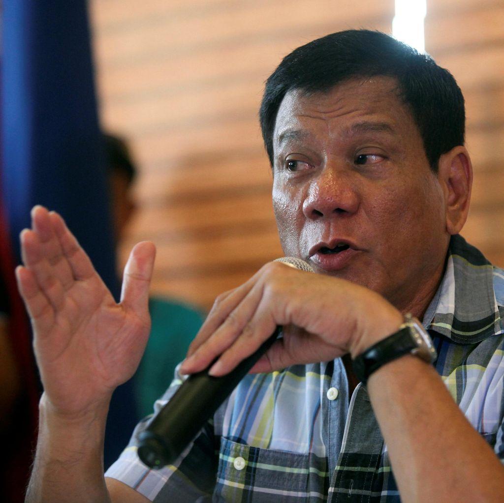 Presiden Filipina Sebut Wartawan Korup Pantas Untuk Mati