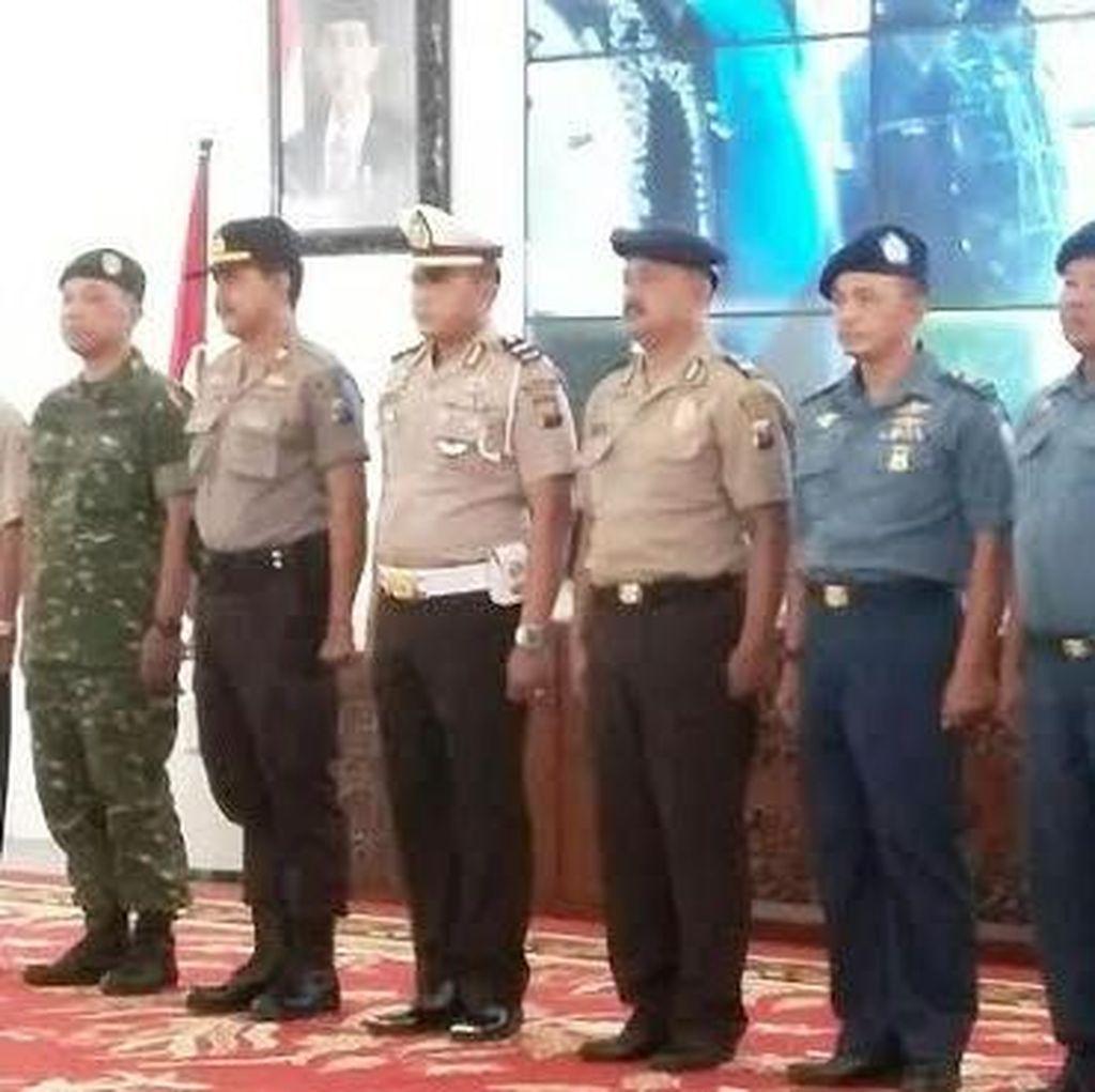 Basarnas Beri Reward Bupati dan 21 Tim Rescue Operasi SAR KMP Rafelia II
