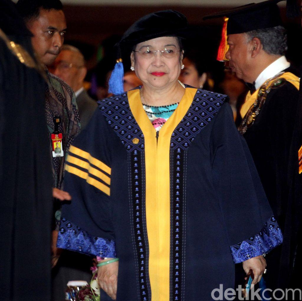 Kata Ridwan Kamil Soal Gelar Doktor HC dari Unpad untuk Megawati
