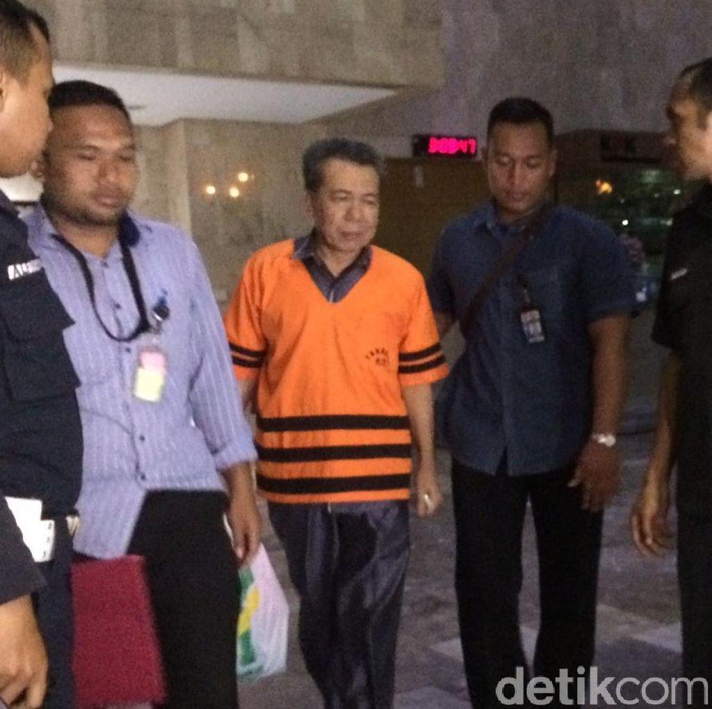 Selesai Diperiksa KPK, Ketua PN Kepahiang Tolak Berkomentar