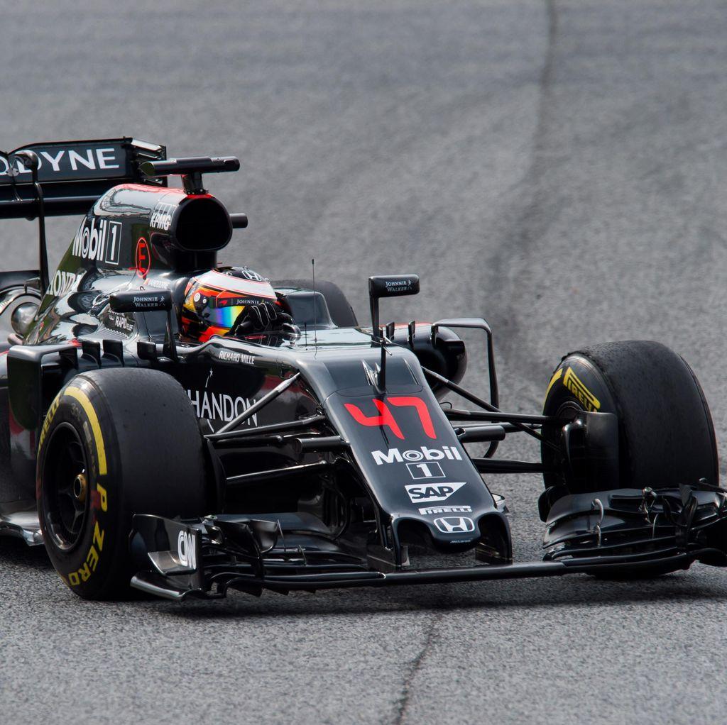 Mobil McLaren Cocok dengan Sirkuit Monako