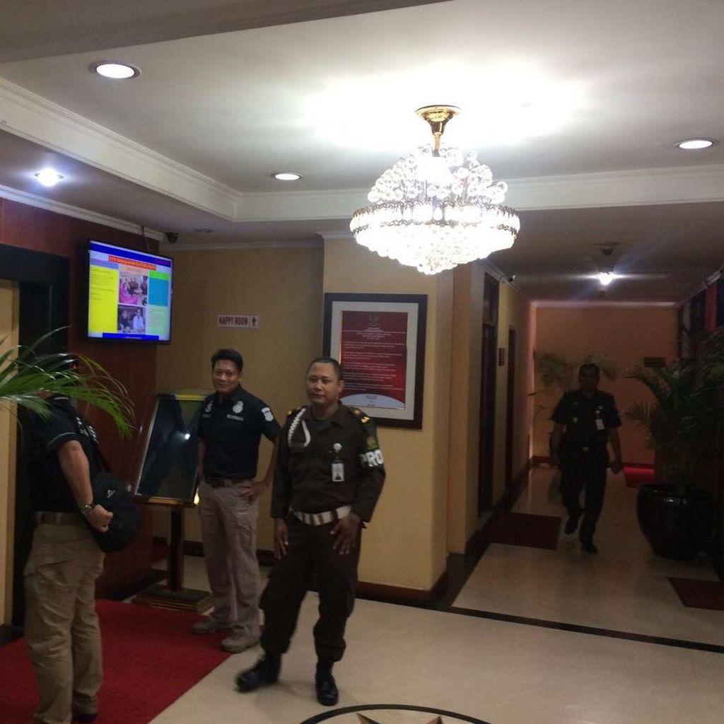 Berkas Jessica P21, Kombes Krishna Murti Datang ke Kejati DKI