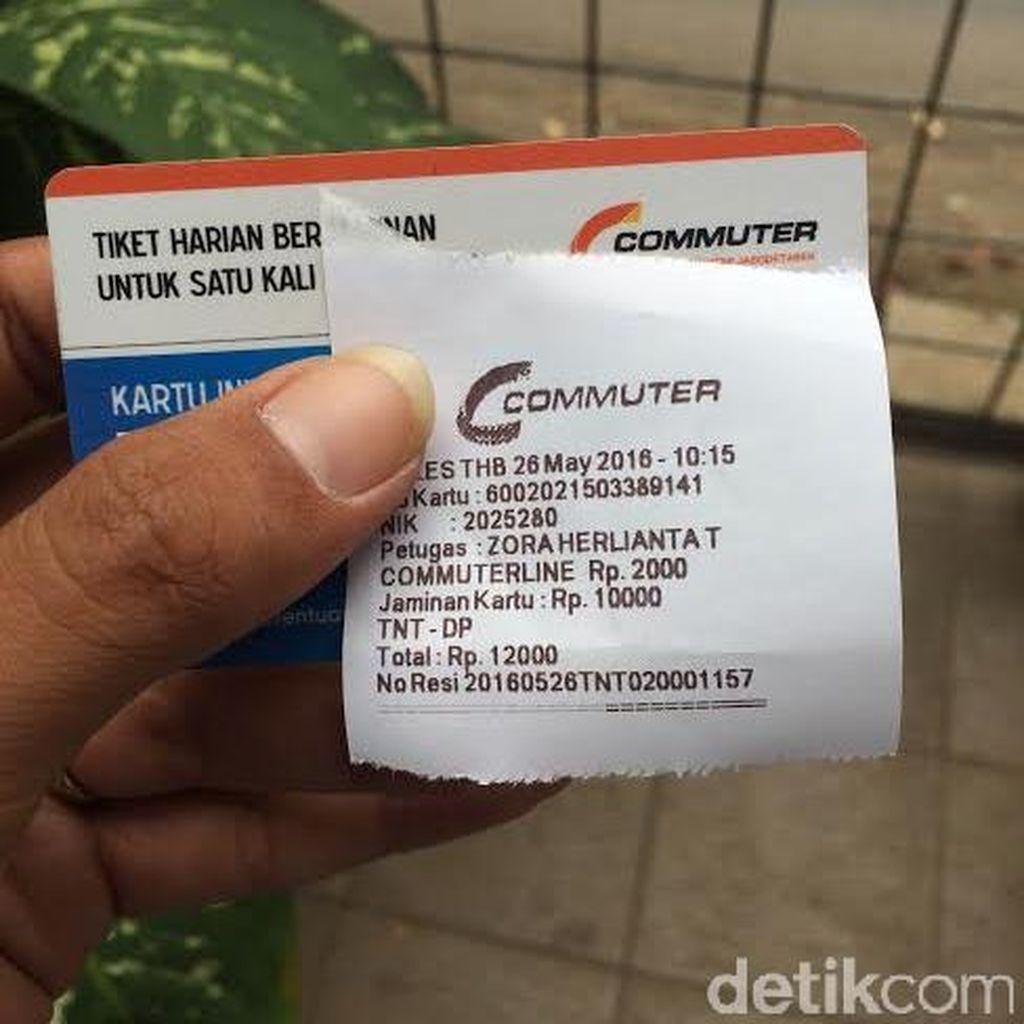 Aneh, Mesti Beli Tiket Rp 2 Ribu untuk Menyeberang di JPO Tanjung Barat