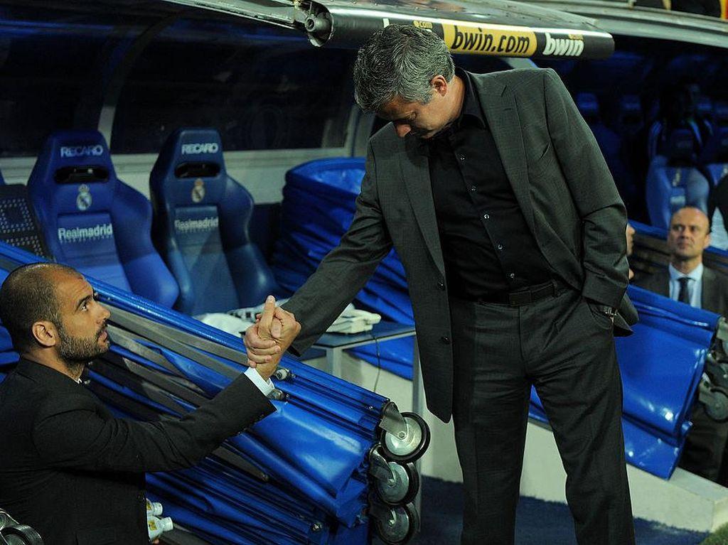 Juga Ditanya soal Bersalaman dengan Pep, Mourinho Heran