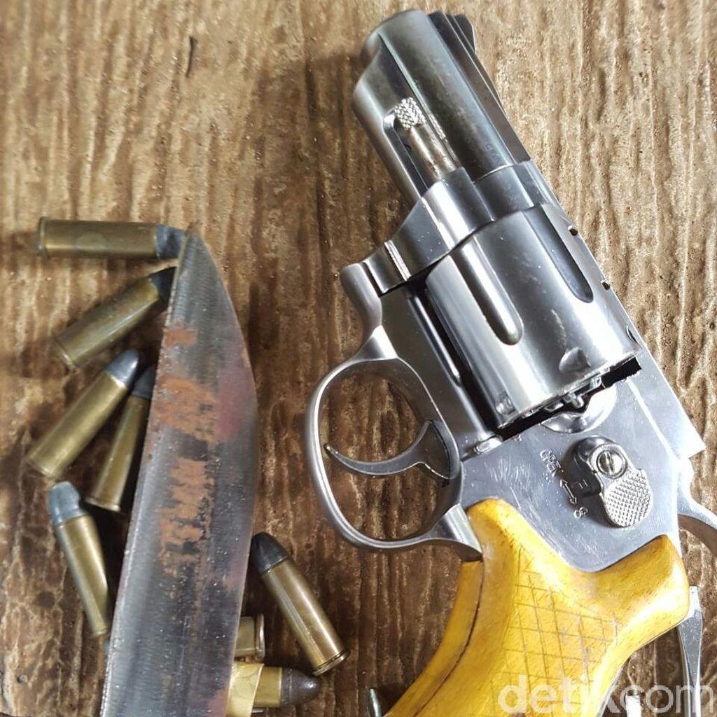 Keluarkan Pistol Saat Disergap, 2 Begal Tewas Ditembak Polisi