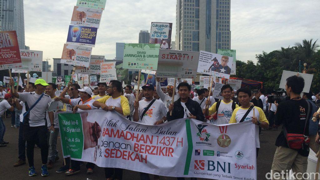Ditlantas Polda Metro Jaya Terima Bantuan 300 Jas Hujan