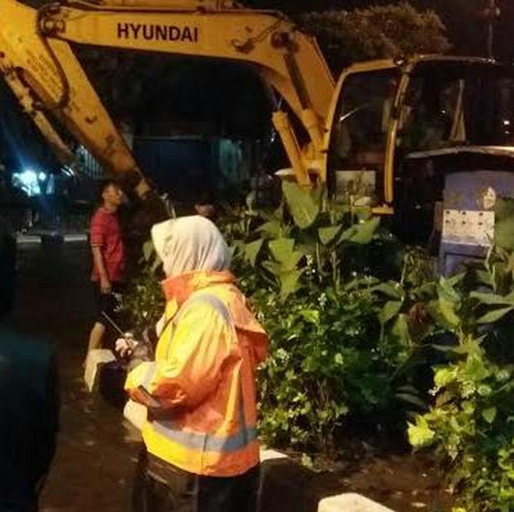 Surabaya Sempat Banjir, Wali Kota Risma Malah Senang