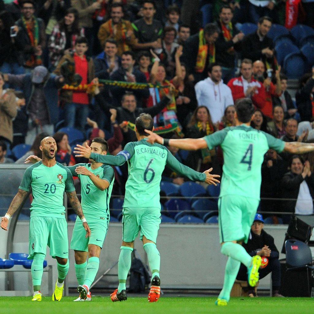 Portugal Hantam Norwegia 3-0