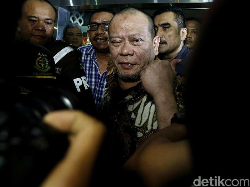 Kasus Ditangani Kejati Jatim, La Nyalla Ditahan Kejagung 20 Hari ke Depan