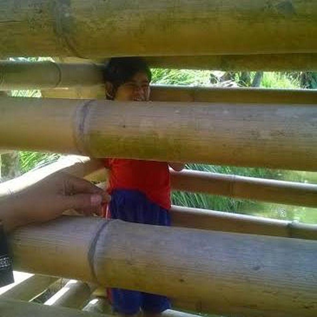 Cerita Pilu Ira, Anak 9 Tahun yang Dipasung karena Dianggap Nakal
