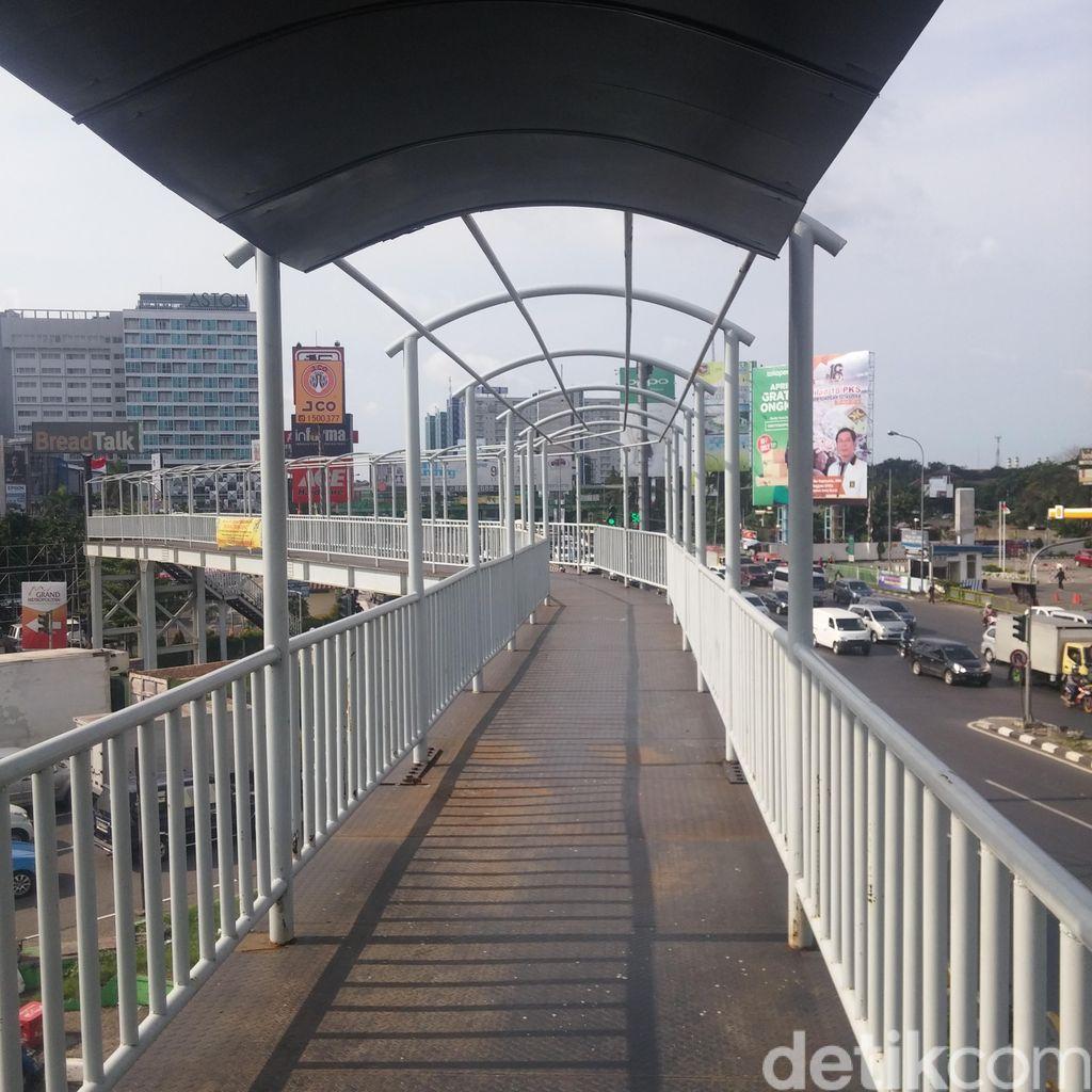 JPO di MM Bekasi Barat Terlihat Masih Baru Tapi Sepi Peminat, Kenapa?