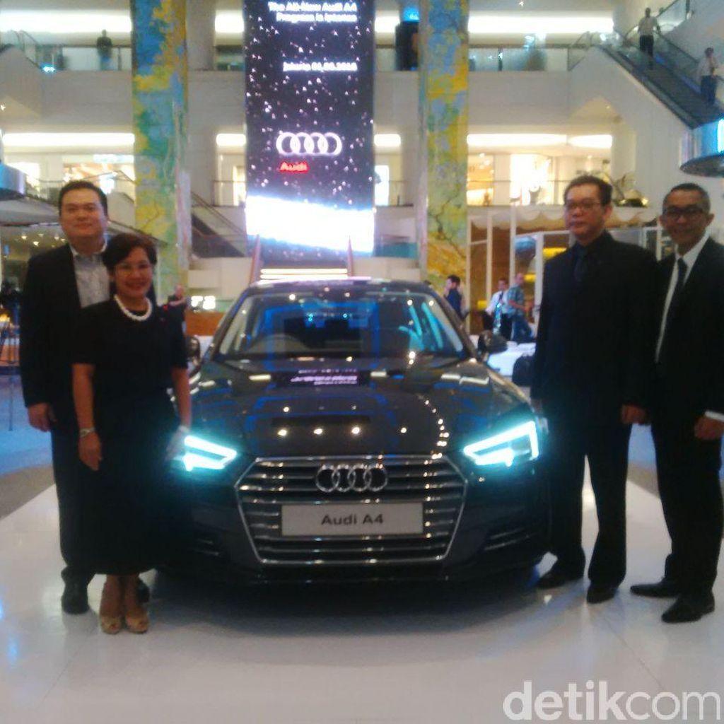 Audi Luncurkan Sedan A4 di Jakarta