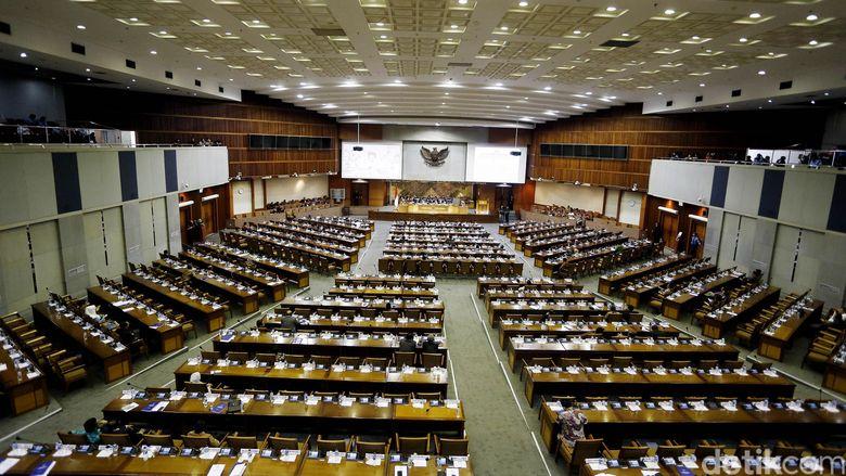 Kisruh PMN, Komisi XI Bela Akom Yang Dilaporkan 36 Anggota Komisi VI Ke MKD