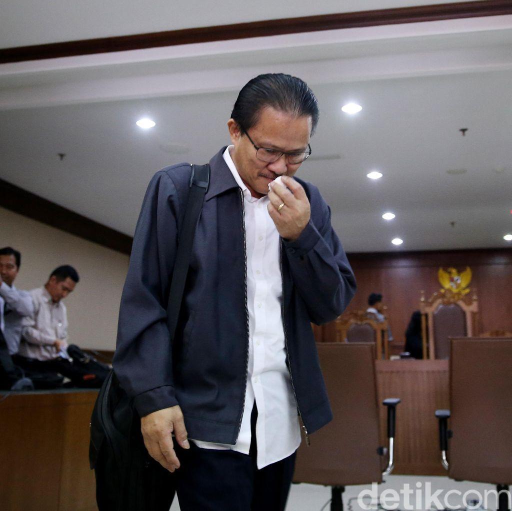 KPK Tuntut Eks Dirjen Hubla Bobby Mamahit 6 Tahun Penjara