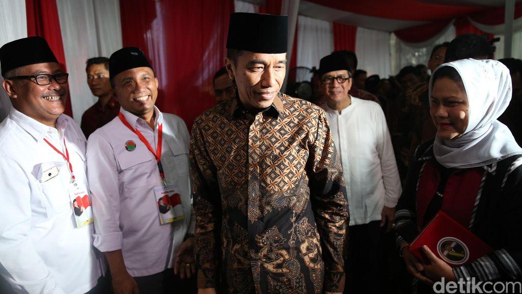 Jokowi: Pak Taufiq Kiemas Sosok yang Selalu Ingatkan Akan Pancasila