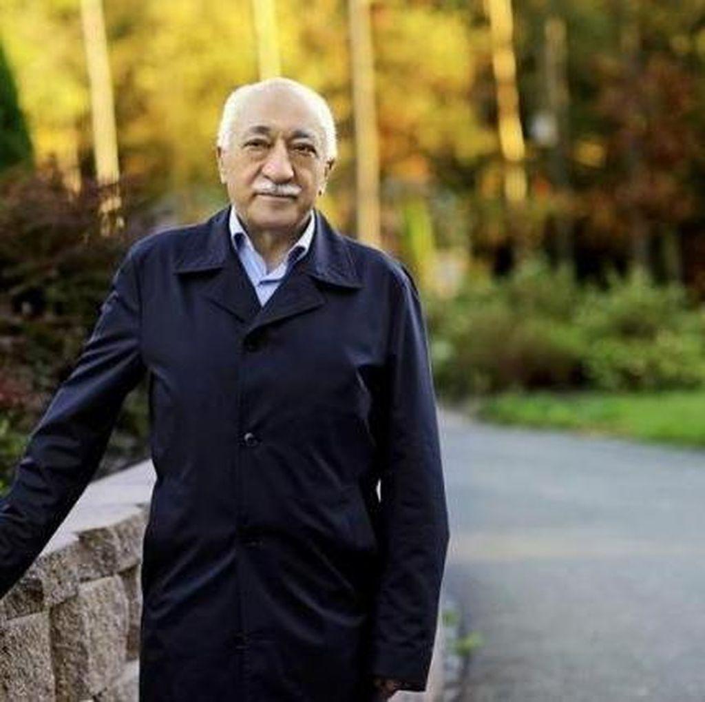 Turki Sebut Ulama Fethullah Gulen Berusaha Kabur dari AS