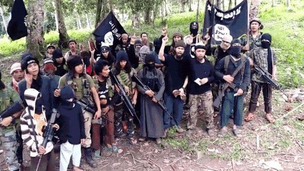 Filipina Kerahkan Tambahan Ribuan Tentara Untuk Perangi Abu Sayyaf