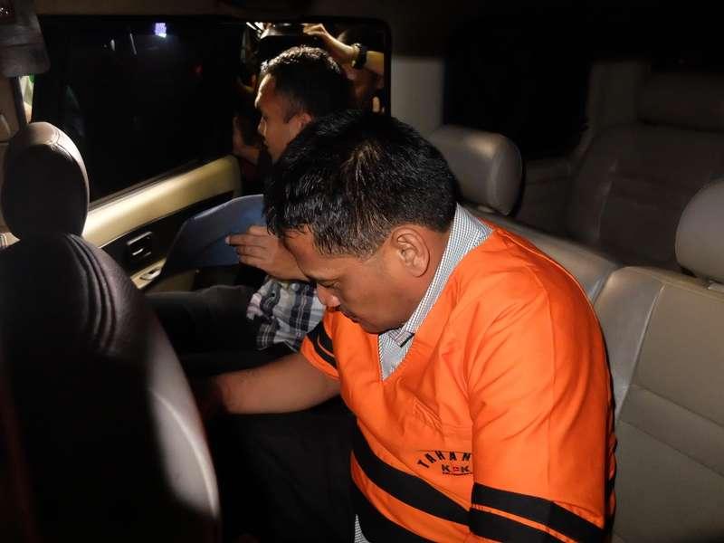 Geledah Rumah dan Apartemen, KPK Sita Mobil Rohadi terkait Gratifikasi