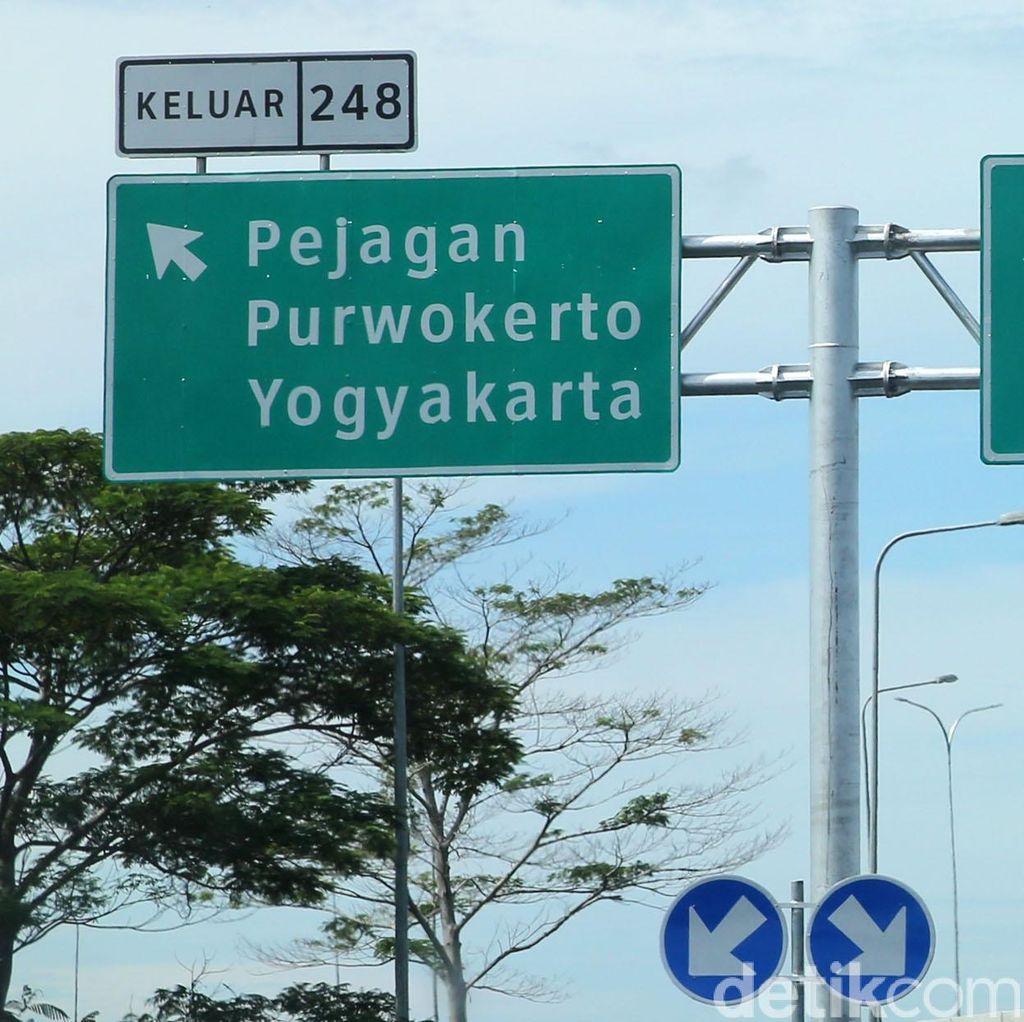 Exit Tol Pejagan Macet 5 Km