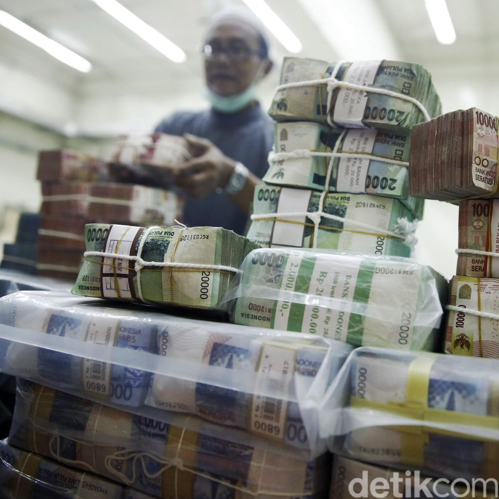 Tutup Defisit Anggaran, Pemerintah Ngutang Rp 365,7 T di 2016