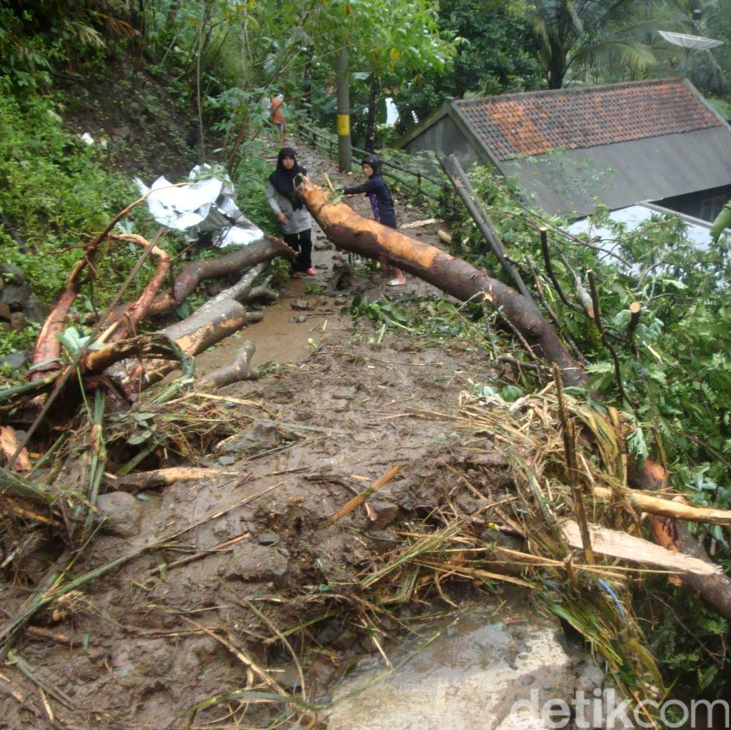 Anggota DPR Minta Masyarakat Jateng Waspadai Tanda-tanda Bencana Alam