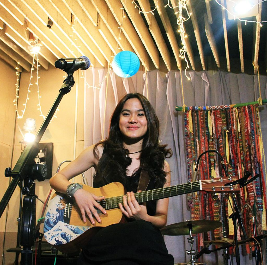 Ini Tiga Nama Gitar Sheryl Sheinafia