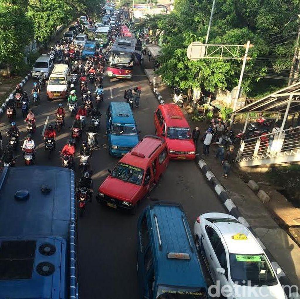 Ini Dampak Kemacetan Terhadap Perekonomian Jakarta