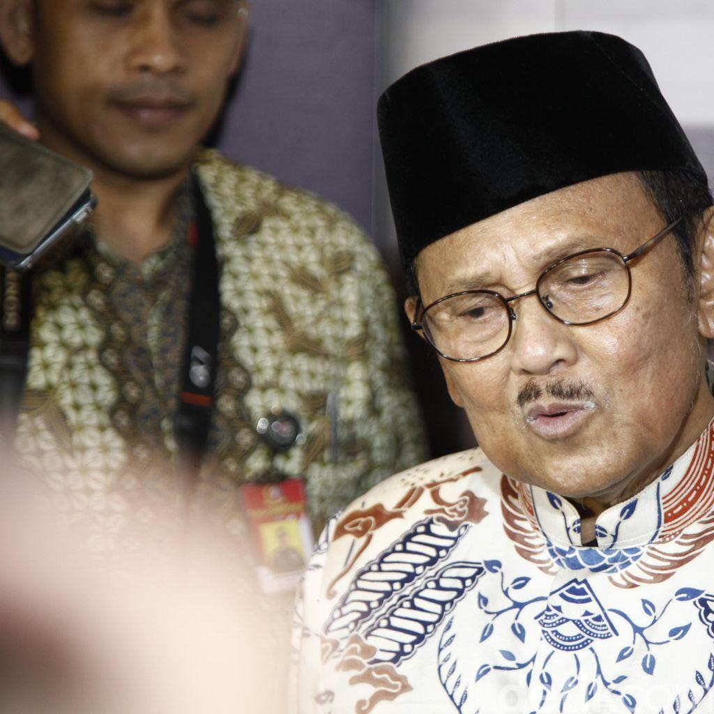 Menonton Rudy Habibie, Mendamaikan Politisi Mencintai Indonesia