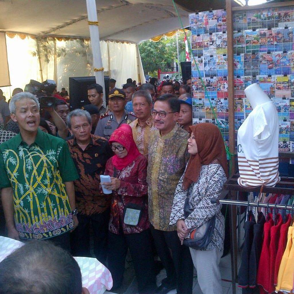 Gubernur Ganjar Kesal Saat Berdialog dengan Followernya yang Keluhkan Pengurusan HGB