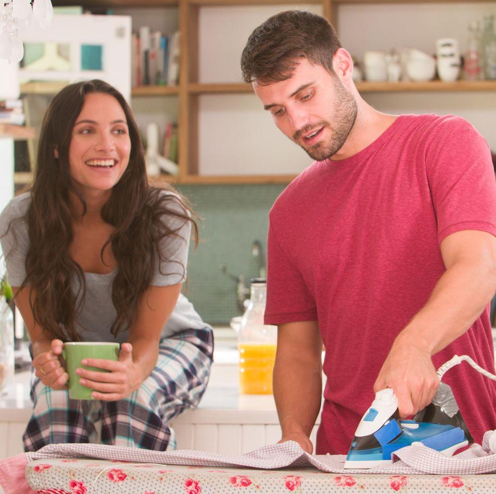 Istri Merasa Lebih Seksi dan Bahagia Jika Suami Bantu Lakukan Pekerjaan Rumah