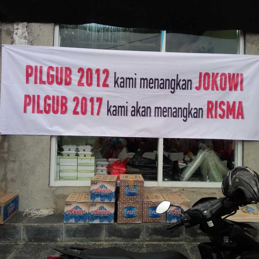 Kampanye Relawan Jokowi: Menolak Ahok, Mendorong Risma