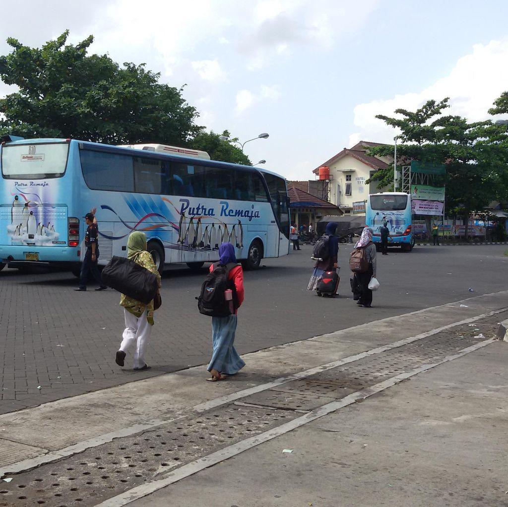 840 Bus Tambahan Disiapkan Bagi Pemudik di Terminal Bus Giwangan Yogyakarta