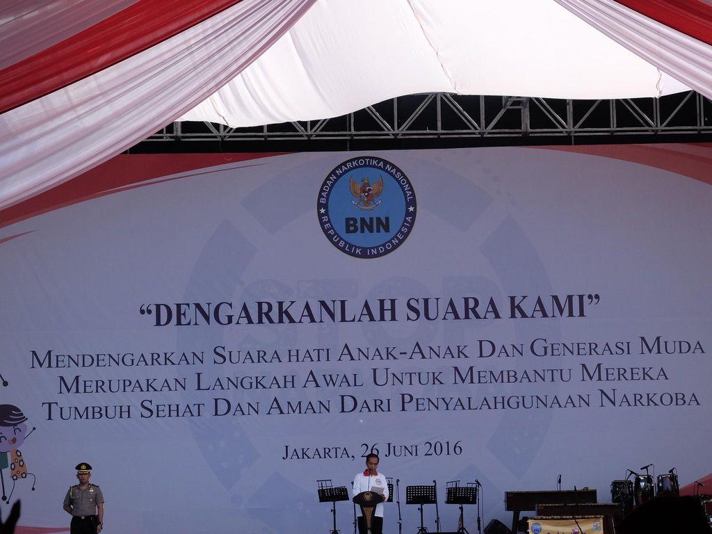 Jokowi: Kalau UU Mengizinkan, Dor Semua Pengedar Narkoba!