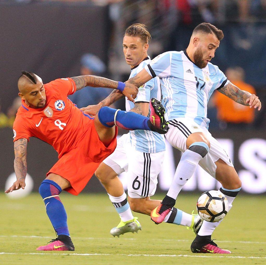 Diwarnai Dua Kartu Merah, Argentina vs Chile Masih Imbang 0-0