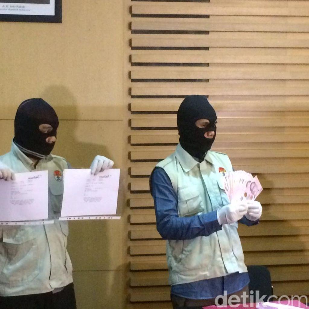 Suap Tak Lazim ke Putu Sudiartana: Via Transfer dalam Waktu Berdekatan