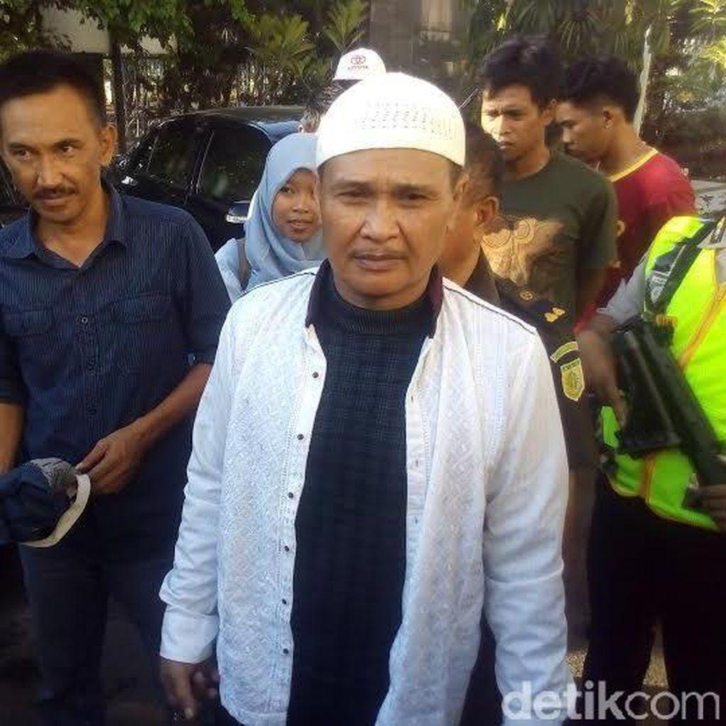 Daeng Aziz Terima Divonis 10 Bulan Penjara dan Bayar Denda Rp 100 Juta