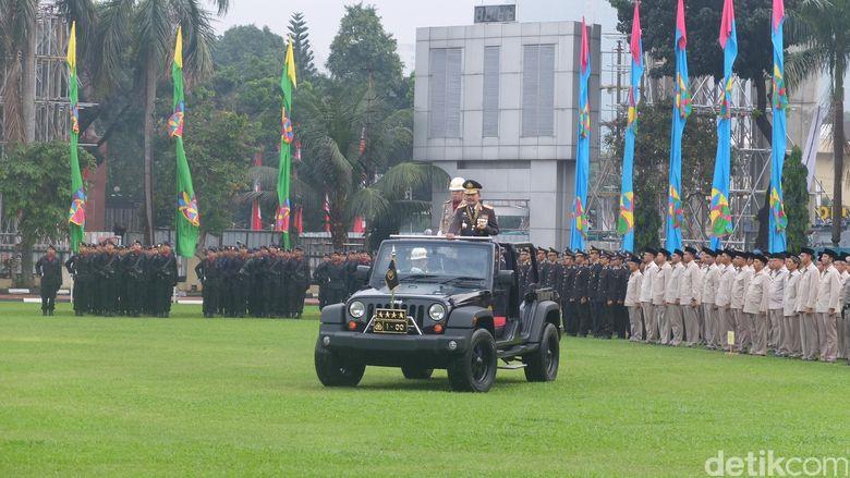 Ucapan Perpisahan Kapolri Jenderal Badrodin di Upacara HUT Bhayangkara ke-70