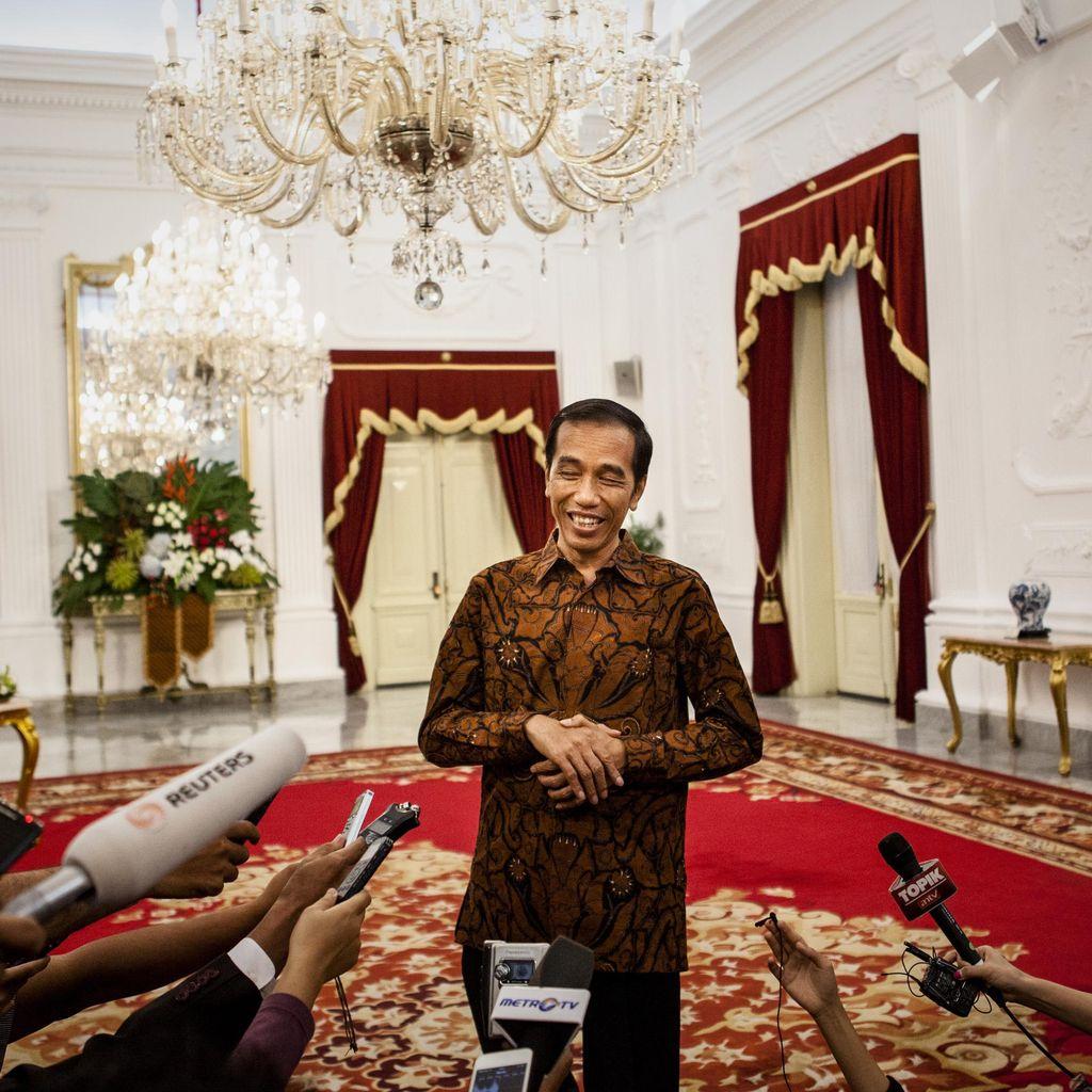 Jokowi Kawal Palapa Ring