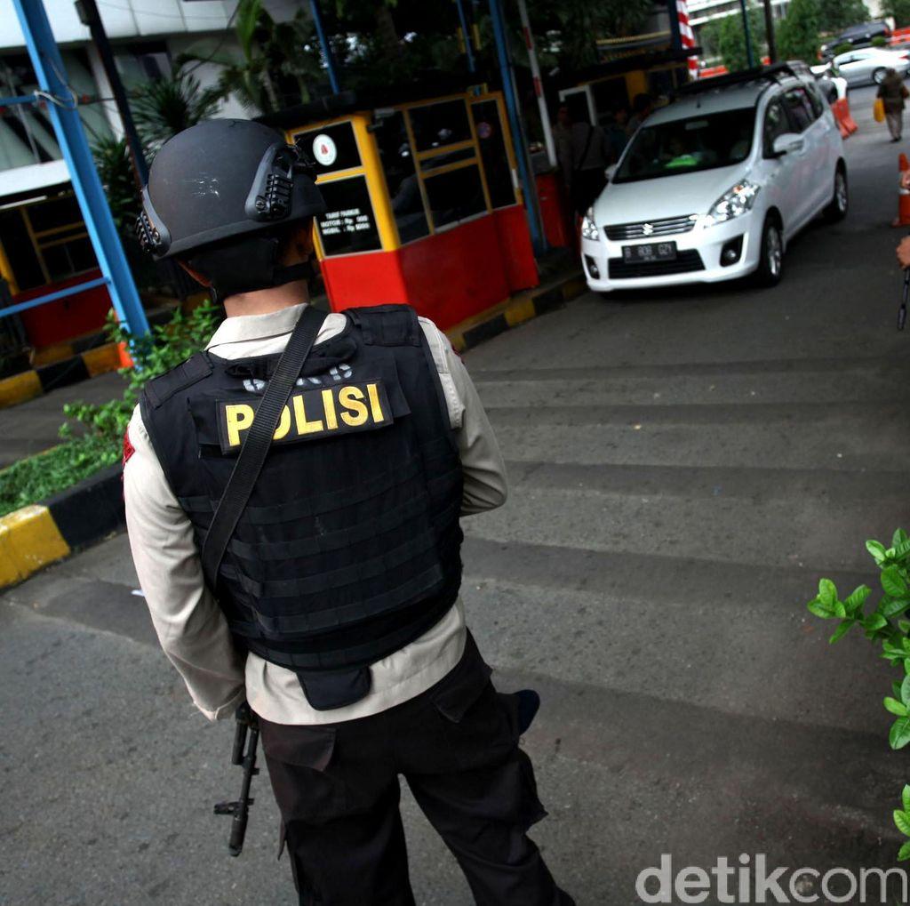 Antisipasi Teror, Ojek Online Dilarang Masuk Polda Metro