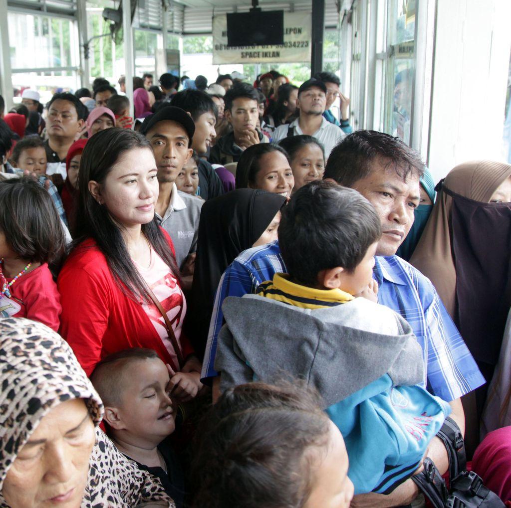 TransJakarta Berencana Bangun 80 Toilet di Halte-halte Strategis