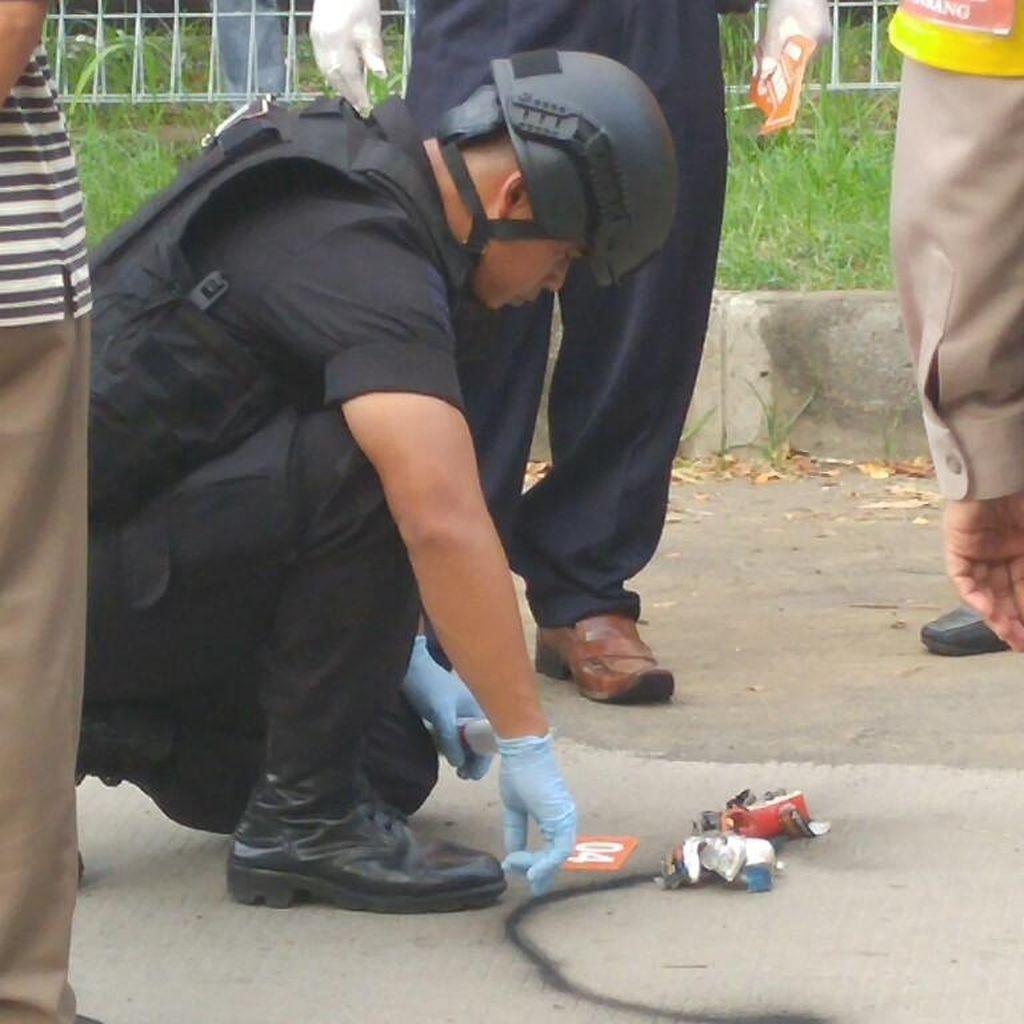 Benda Mencurigakan di Depan Gereja Semarang Ternyata Baterai Remote Control