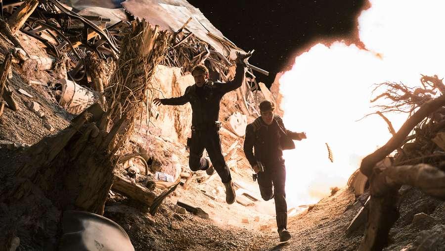 Star Trek Beyond Sambar Posisi Puncak Box Office di Minggu Perdana