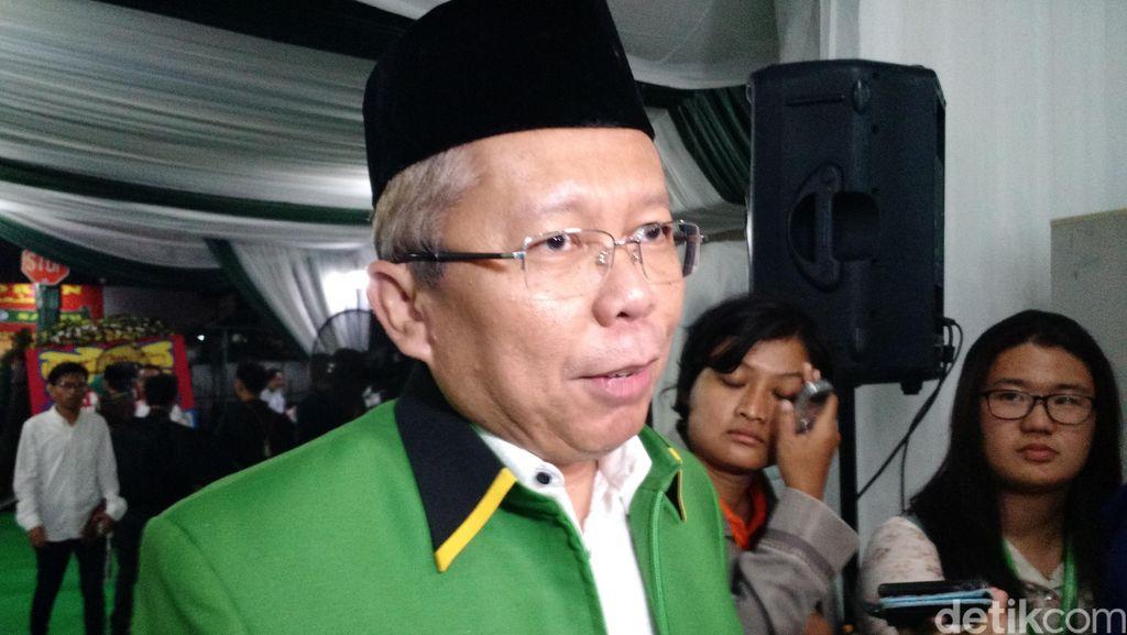 PPP: Jokowi Tak Pikirkan Pilpres 2019, Prabowo yang Sudah Ancang-ancang