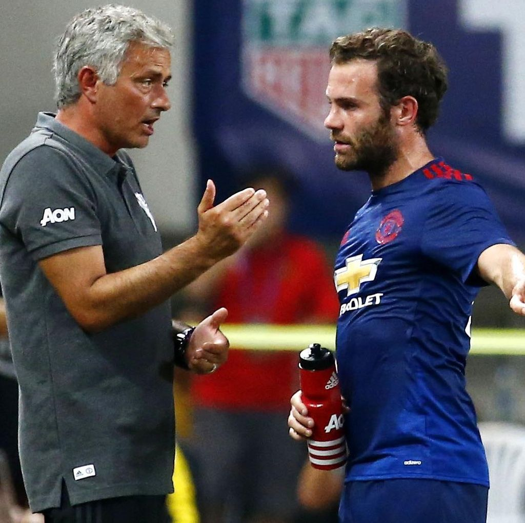 Mata Tak Pernah Punya Masalah dengan Mourinho