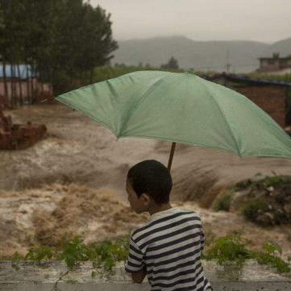 Banjir di China, Ribuan Rumah Hancur dan Sedikitnya 78 Orang Tewas